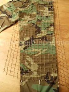 pants-back-secure-netting