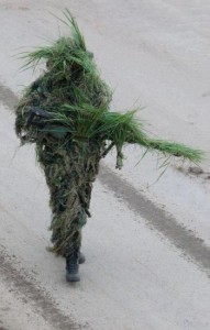 military-humor-funny-walking-tree-sniper-camo